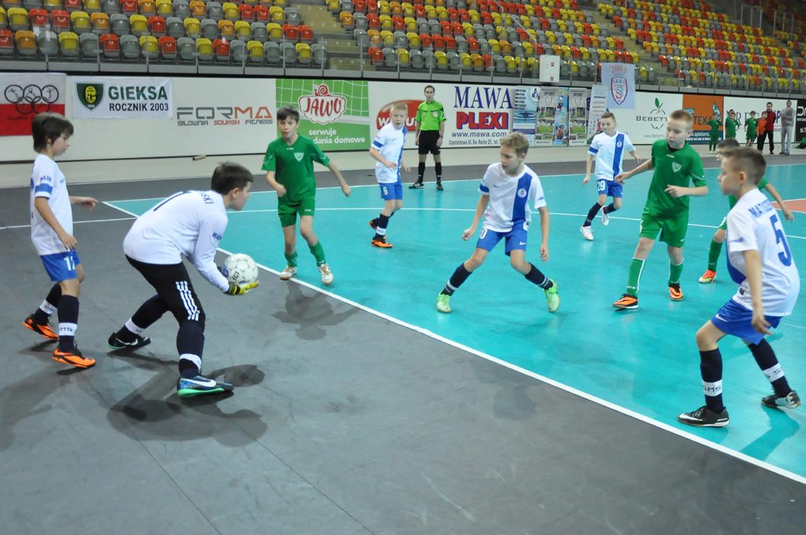 skra-turniej-pilki-halowej-16