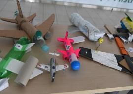 samolot-z odpadow-10